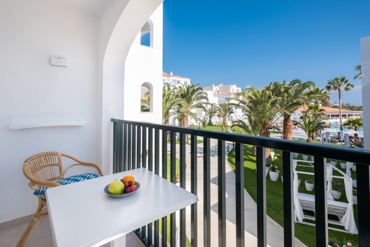 Select apartment carema beach menorca