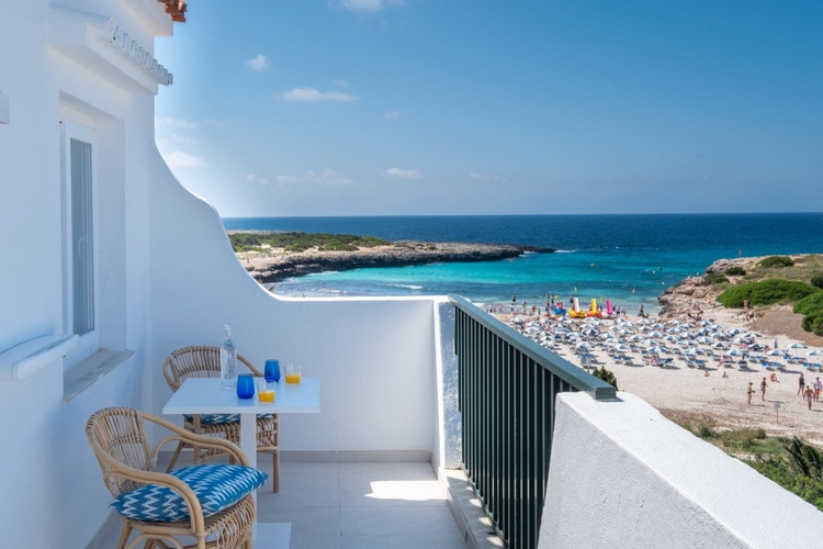 Select apartment with side sea view carema beach menorca