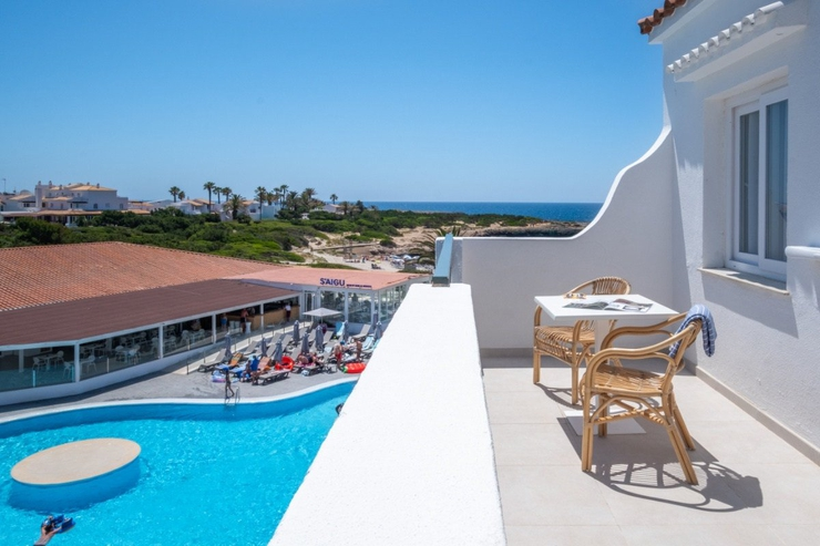 Select apartment with pool view carema beach menorca