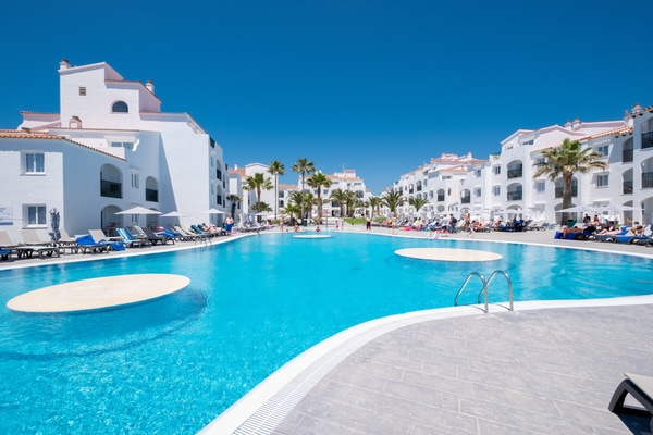 Super-flexible rate carema beach menorca
